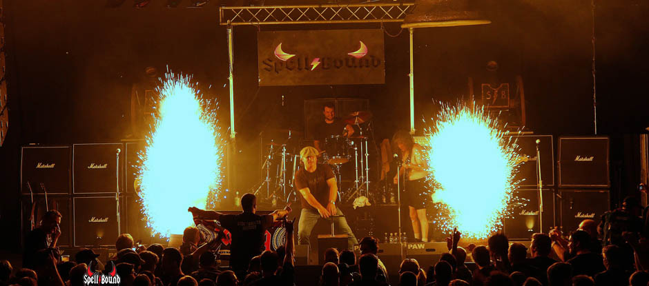 THE AC/DC SHOW PRESENTED BY SPELLBOUND<br>SAMSTAG 03. FEBRUAR 2018
